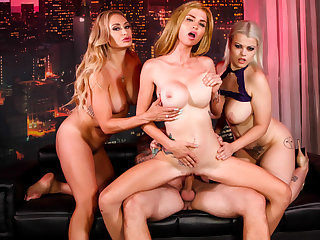 Astrid Star in Crazy 4-way with girls & lucky guy concluded with a creampie - PUBA