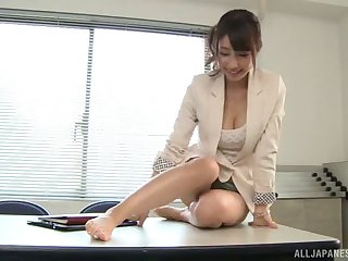 Fucking on the office table with sexy secretary Shunka Ayami