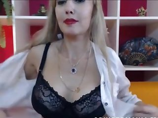 An gorgeous mature cougar mom with big tits and she is fit as her pussy