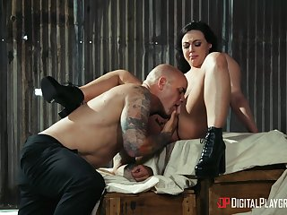 Elegant babe goes full mode with lover's massive dong