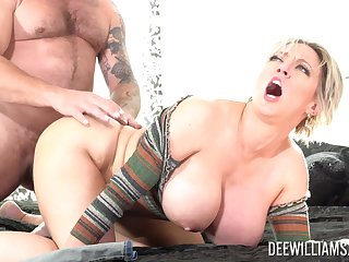 Husband loves fucking his pornstar wife Dee Williams in the livingroom