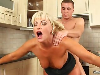 Steamy Cougar Sadie Is Hungry For A Good Sex