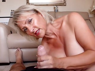 Spunking All Over My Nylons - TacAmateurs