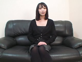 Asian girl with er hairy pussy in missionary