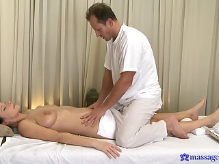 Sensual massage leads these two to share wonderful sex moments