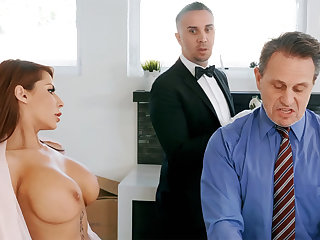 Scalding butler is ready to anal fuck housewife