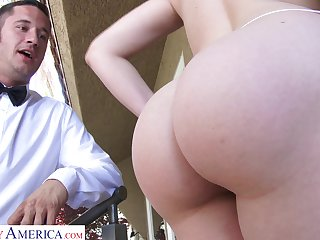 Mia Malkova fucks a dairy man and that girl has some big ol ass